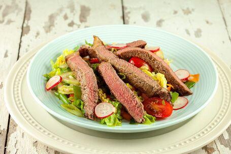 Pittige biefstuksalade