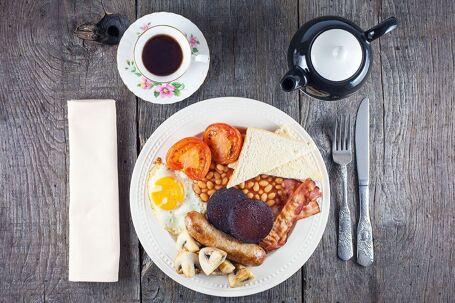 Engels ontbijt (Full English breakfast)
