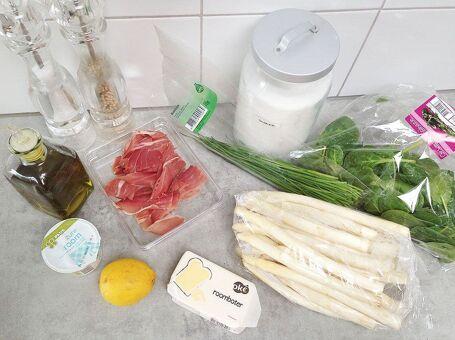 Witte asperges met Serrano ham