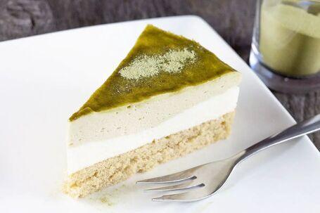 Groene thee Matcha mousse taart