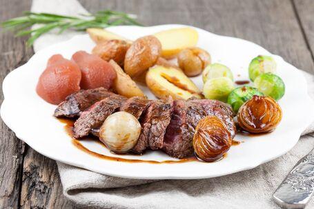 Kangoeroe biefstuk met stroopsaus