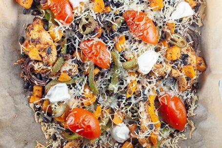 Mexicaanse ovenschotel met zoete aardappel en zwarte bonen