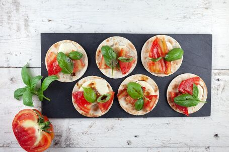 Mini vegetarische tortilla hapjes
