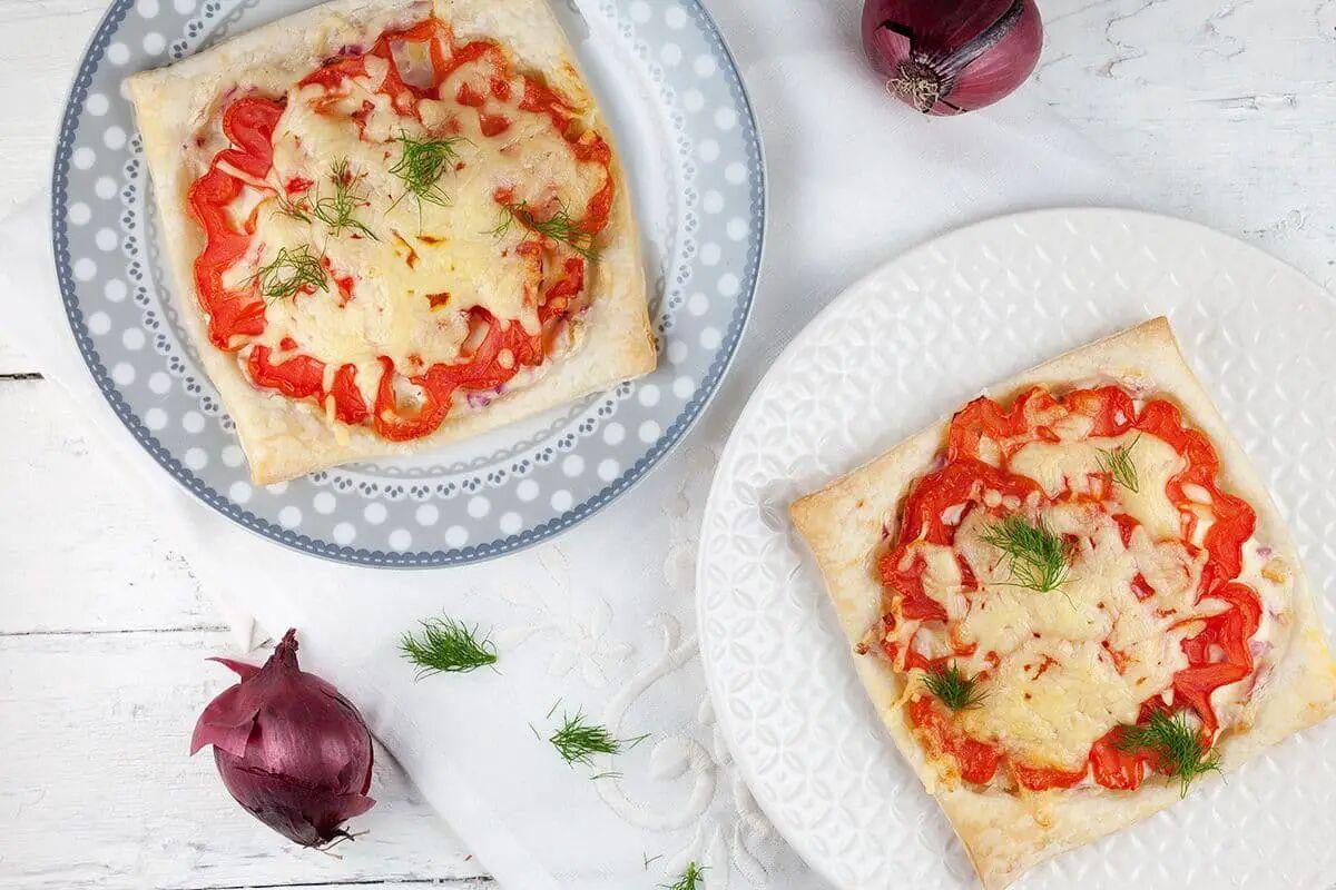 Hartige coeur de boeuf tomaten taartjes