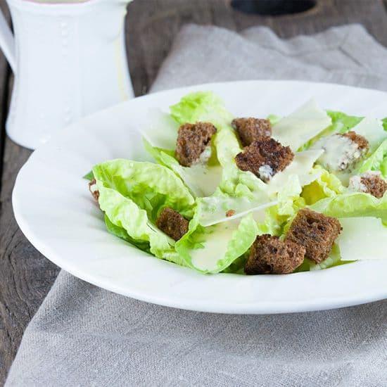 Klassieke caesar salade