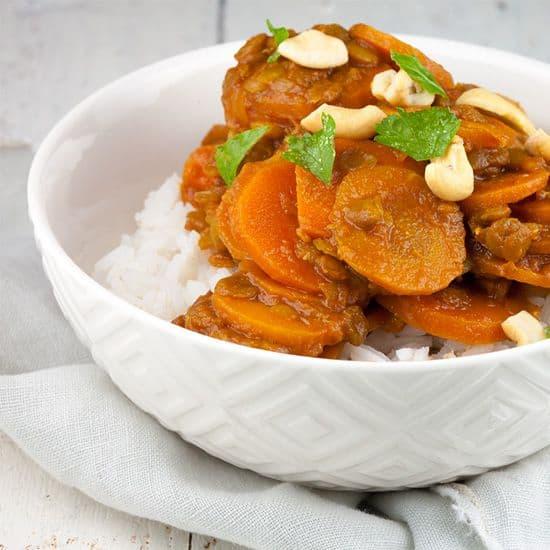 Vegetarische wortel en linzen stoof