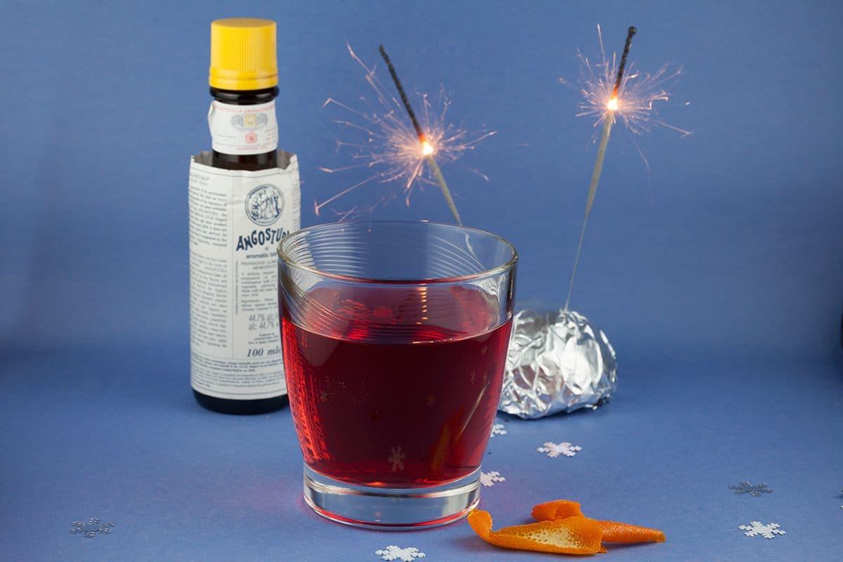 Rum en bitters cocktail