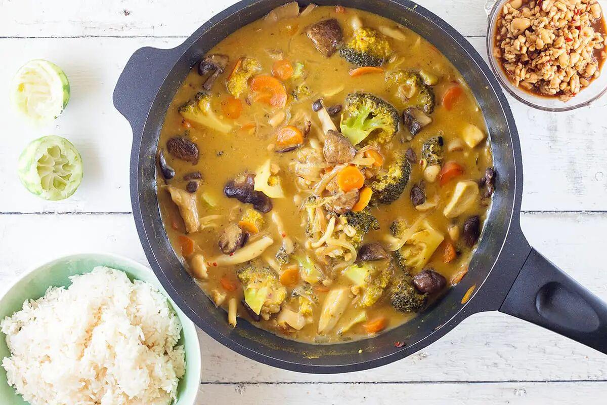 Paddenstoelen curry met rijst