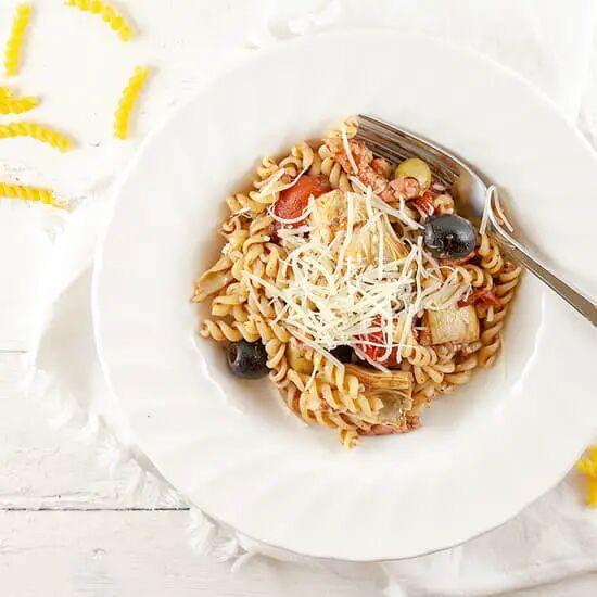Pasta met olijven en artisjok