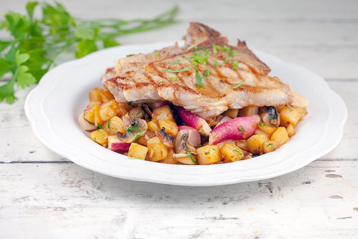 Aardappel-radijs roerbak met kalfsvlees