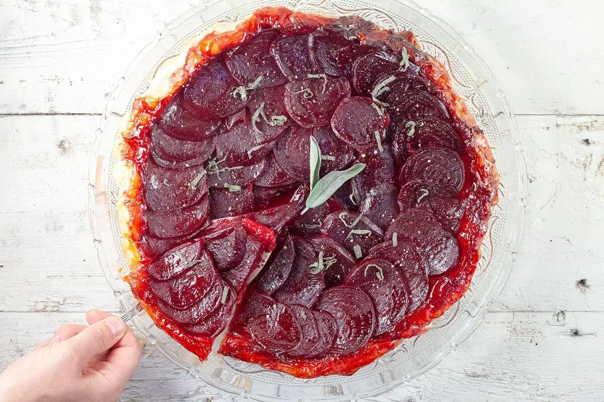 Rode bieten tarte tatin