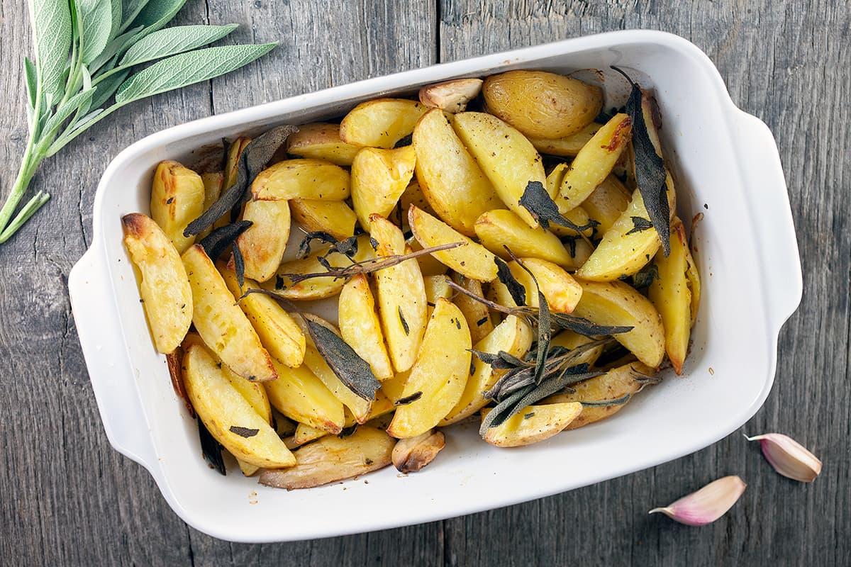 Geroosterde aardappels met salie